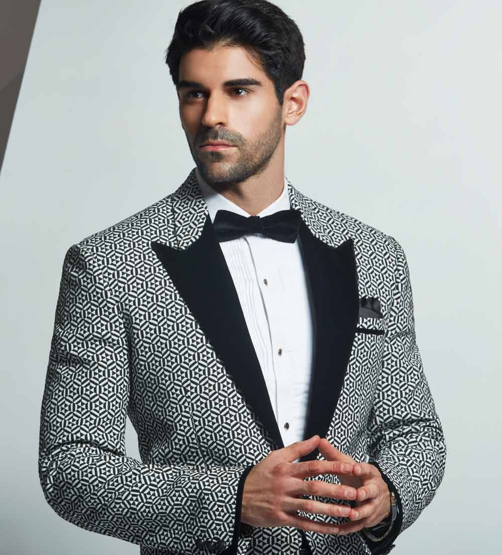 UNIQUE STYLE TUXEDO SUIT BLACK&WHITE