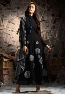Black Color Georgette Beautiful Salwar Kameez