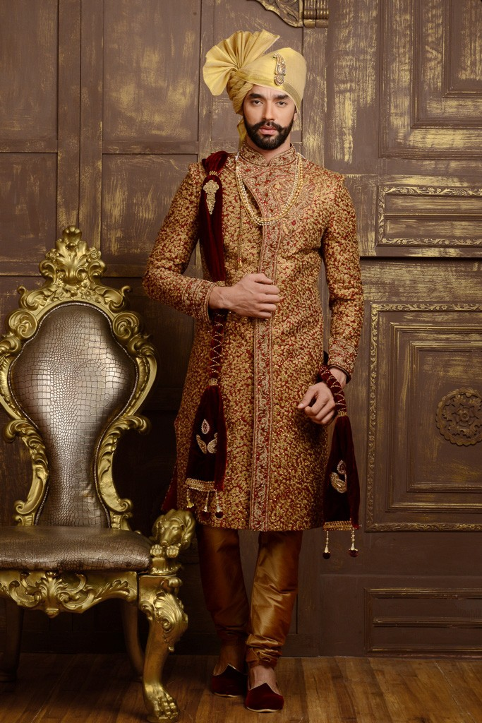 MAROON COLOUR EXCLUSIVE LOOK SHERWANI