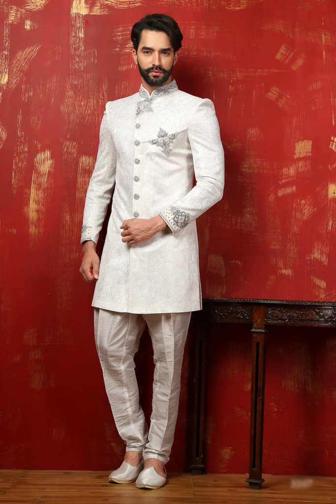 OFF WHITE IMPRESSIVE LOOK INDOWESTERN