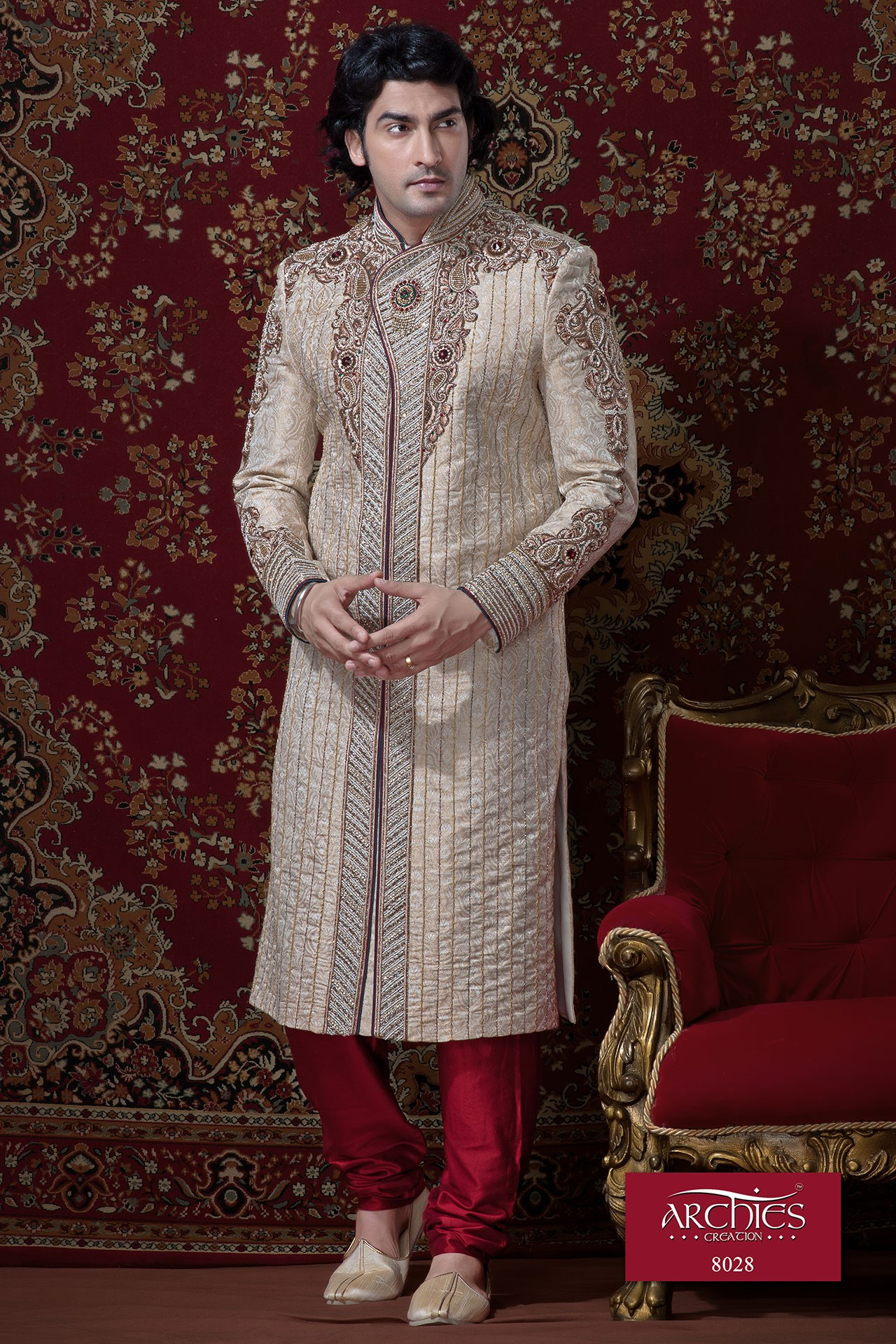 EXCLUSIVE LOOK SHERWANI