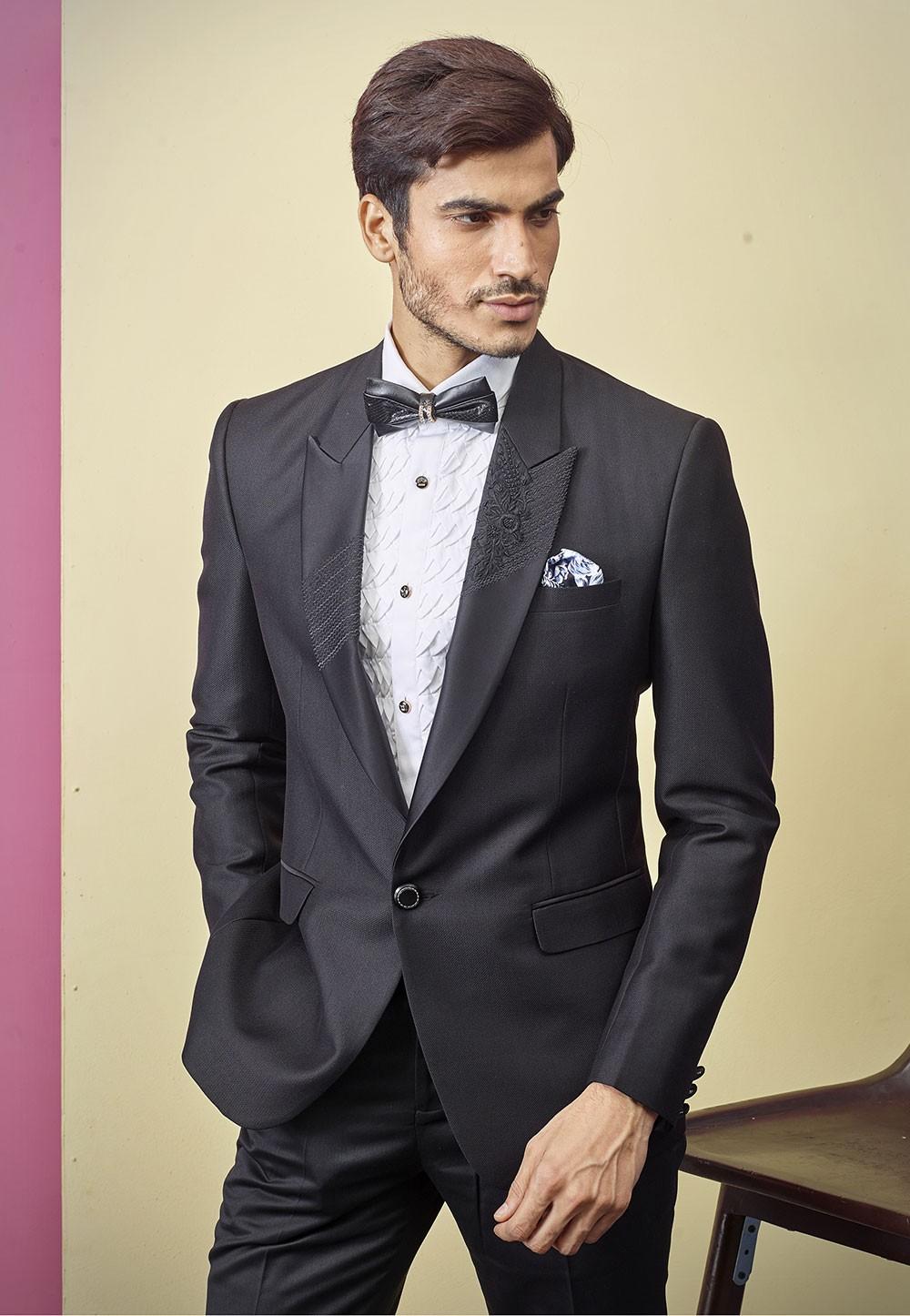 Best Wedding Suits for Men in Dashing Black