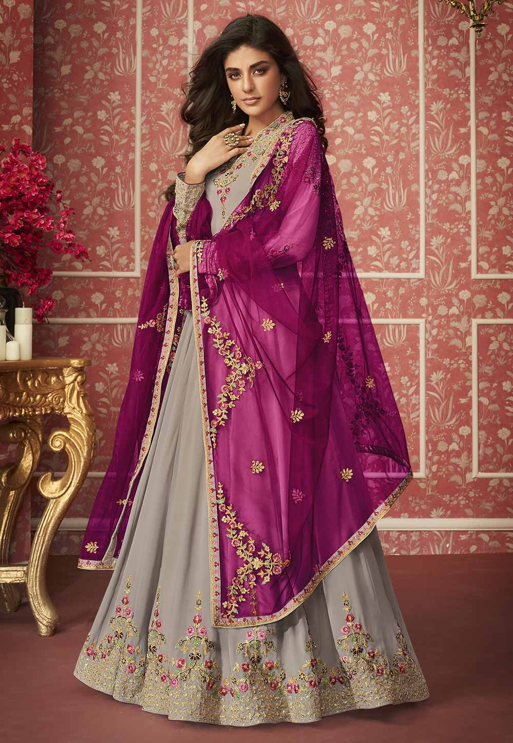 Beige Colour Georgette Salwar Suit.
