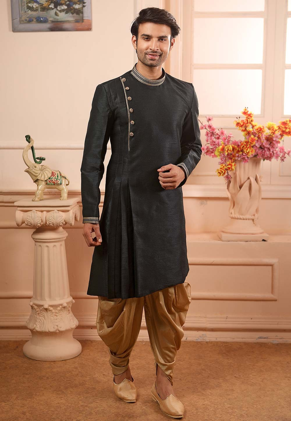 Black Colour Kurta Pajama.