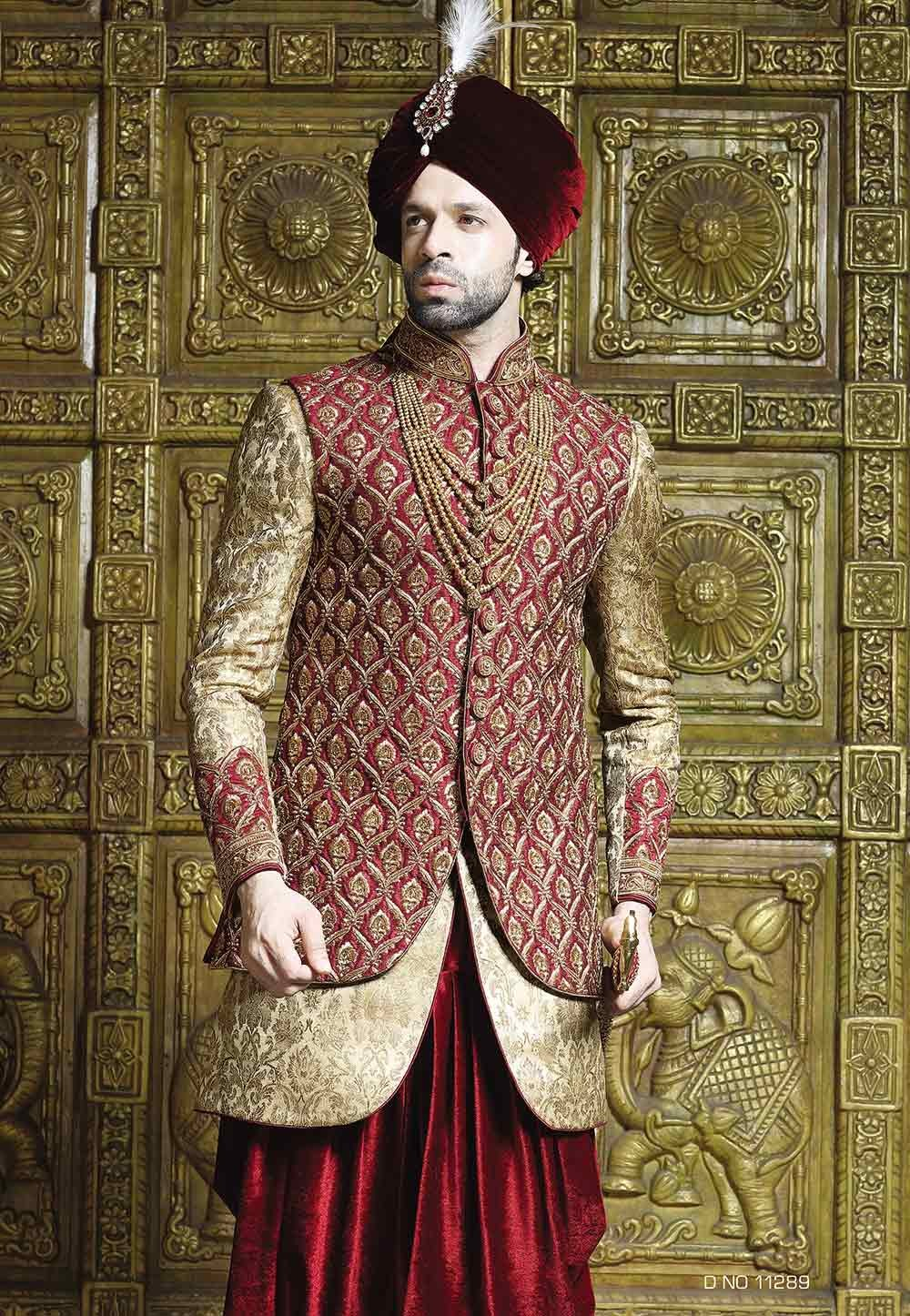 Maroon,Golden Color Indowestern Sherwani.