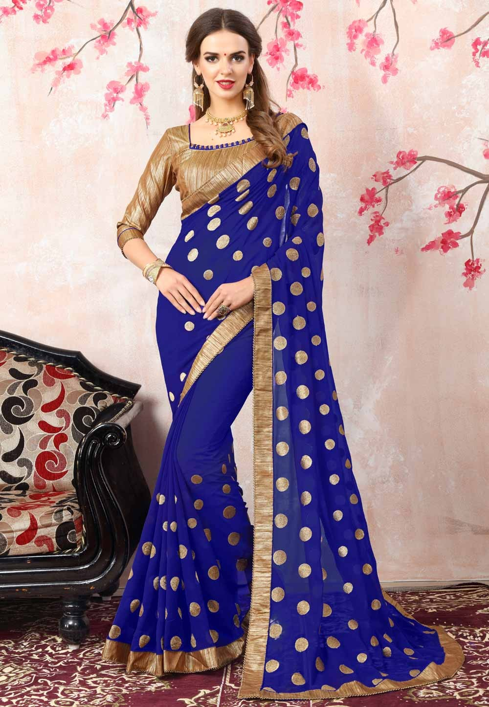 Lovely Plain Pallu Saree in Royal Blue Color
