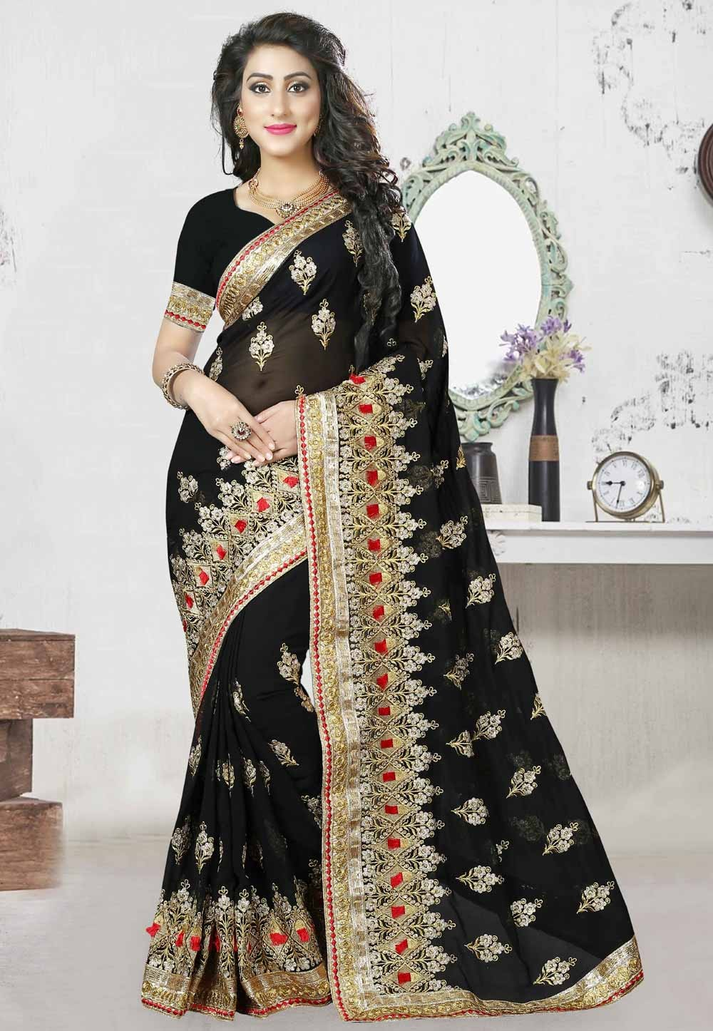 Black Color Saree With Striking Embroidery Pallu