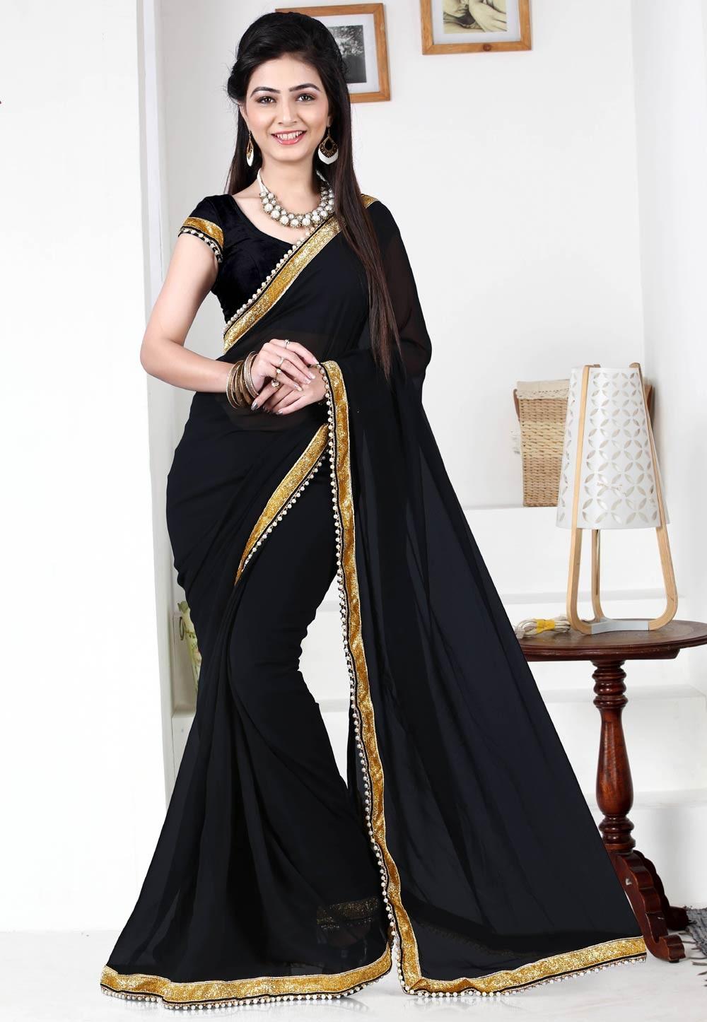 Black Color Saree With Cute Plain Pallu