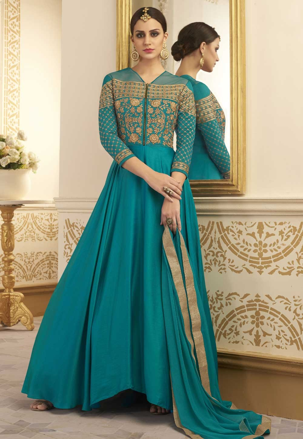 Green Color Astounding Unstitched Salwar Kameez