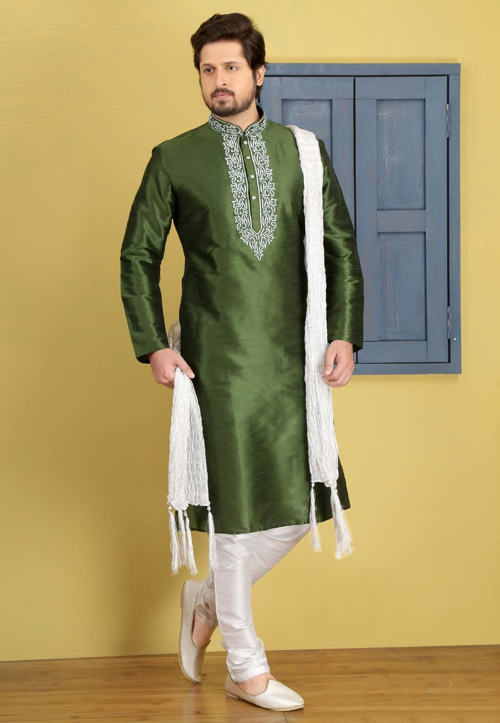 Exquisite Green Color Art Silk Fabric Readymade Kurta For Mens