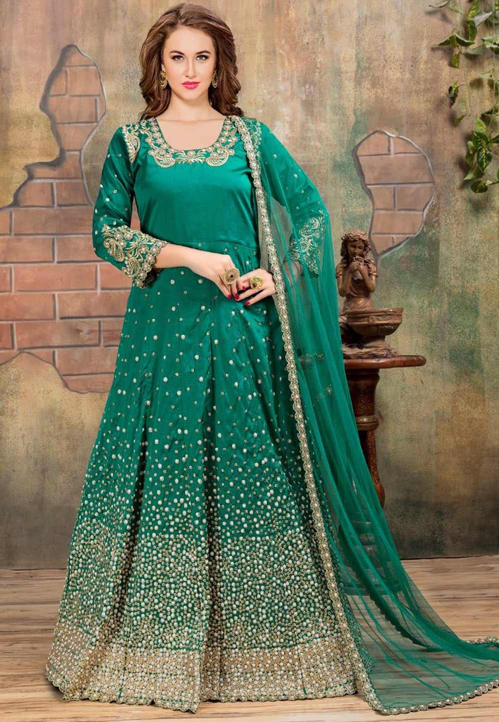 Astounding Salwar Kameez in Green Color Silk Fabric