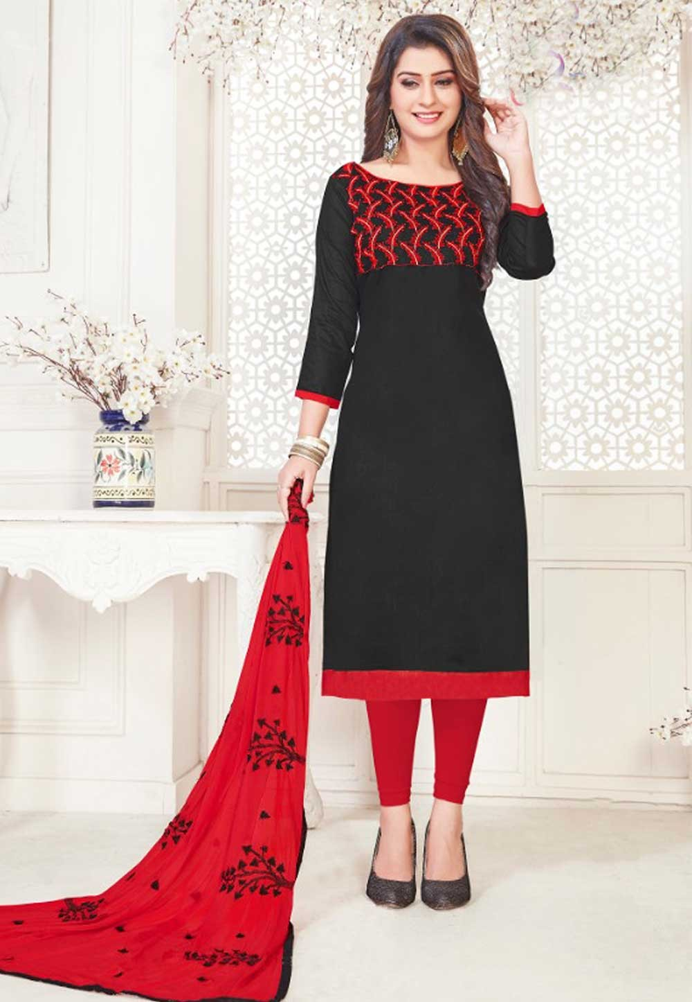 Black Cotton Salwar Kameez.