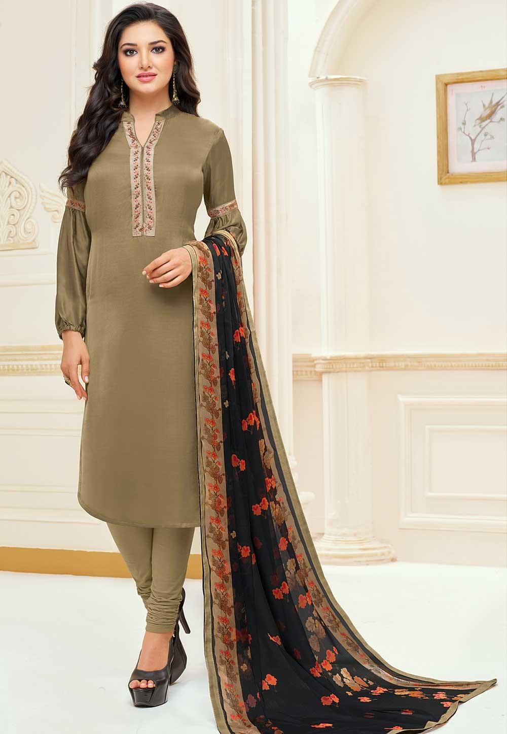 Green Colour Casual Salwar Suit.