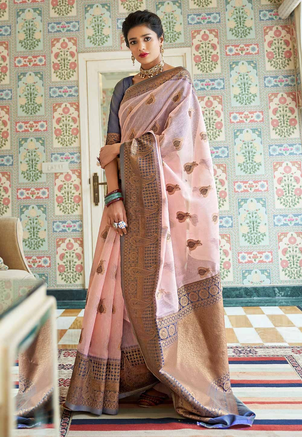 Baby Pink Colour Linen,Silk Saree.