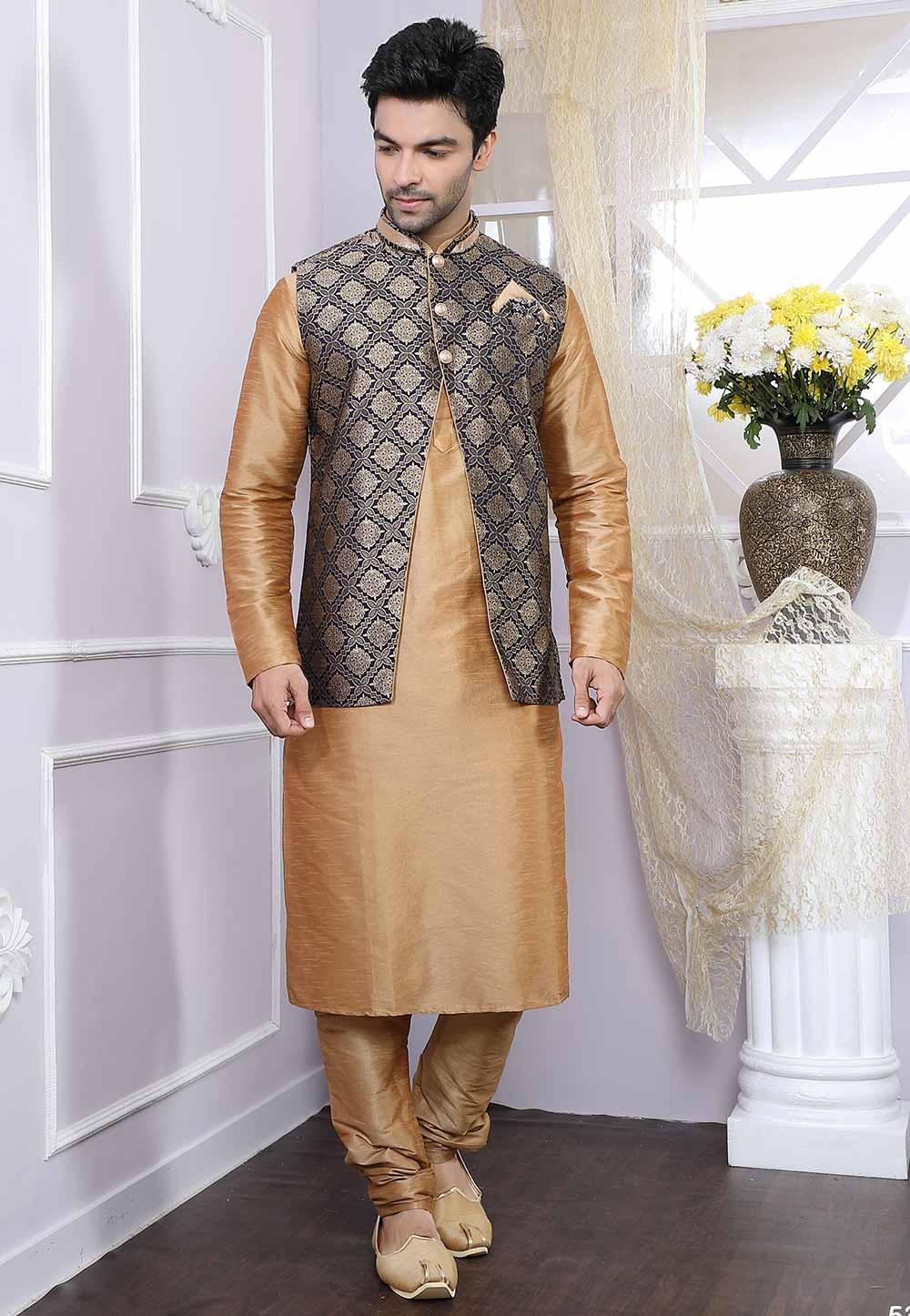 Buy kurta pyjama online with Jacket