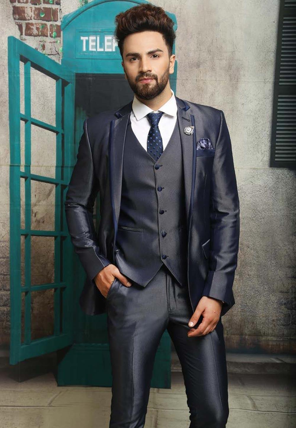 Best Wedding Suits for Men in Impressive Three Piece Suit