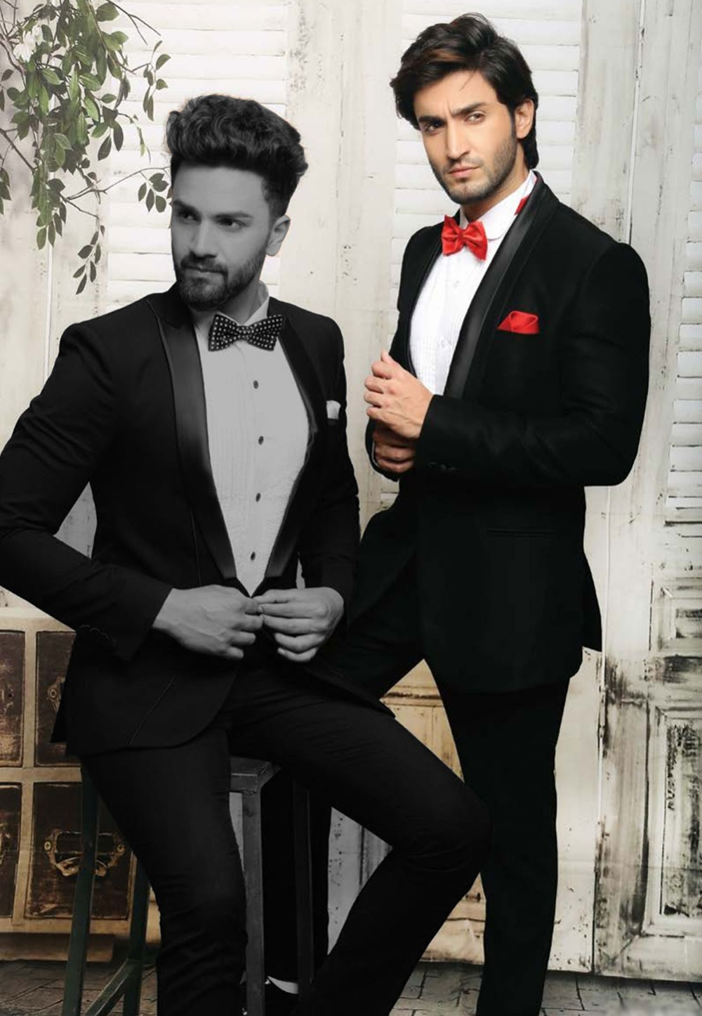 Buy Elegant black Color Tuxedo Suit Online for Men in USA