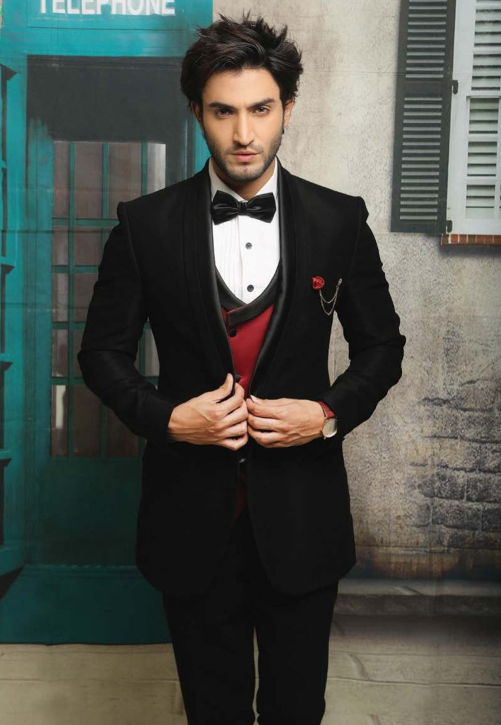 Best Wedding Suits for Men in Designer Tuxedo Suit with Italian Fabric