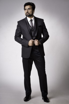 Buy designer black best wedding suits for men online