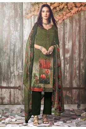 Green Colour Crepe Fabric Salwar Suit.