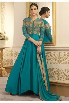 Green Color Astounding Unstitched Salwar Kameez