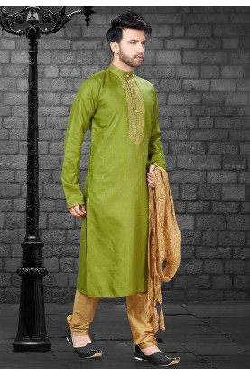 Green Colour Designer Kurta Pyjama.