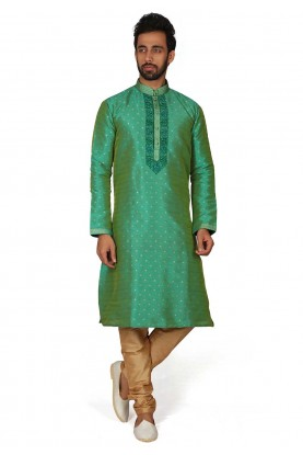 Green Colour Men's Kurta Pajama.