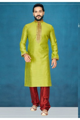 Traditional Kurta Pajama in Green Colour.