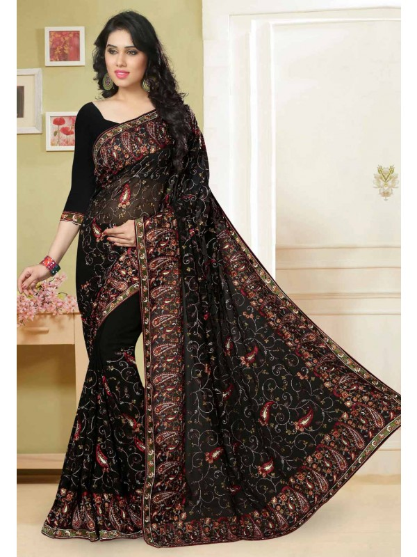 Black Color Saree With Charming Embroidery Pallu