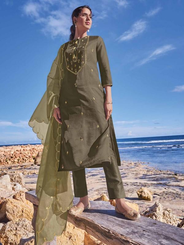 Green Colour Silk Salwar Kameez.