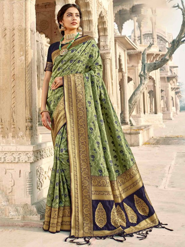 Green Colour Silk Printed Saree.