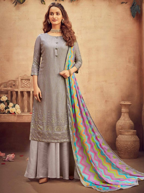 Chiffon Fabric Salwar Kameez in Grey Colour.