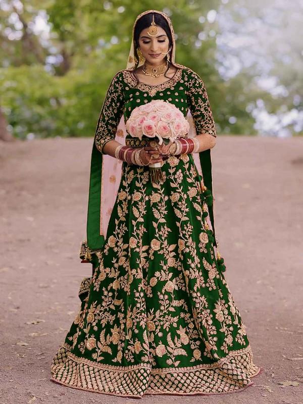 Anarkali Salwar Suit Green Colour in Velvet Fabric.