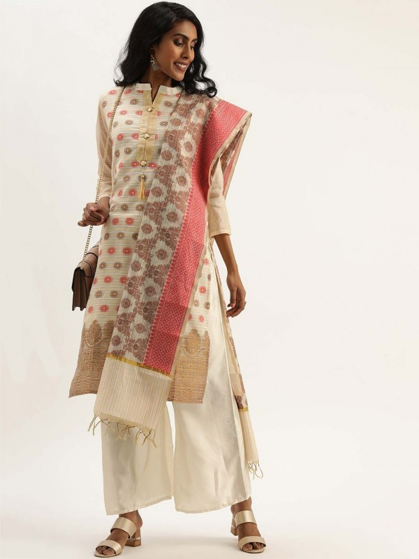 Off White Colour Printed Salwar Suit.