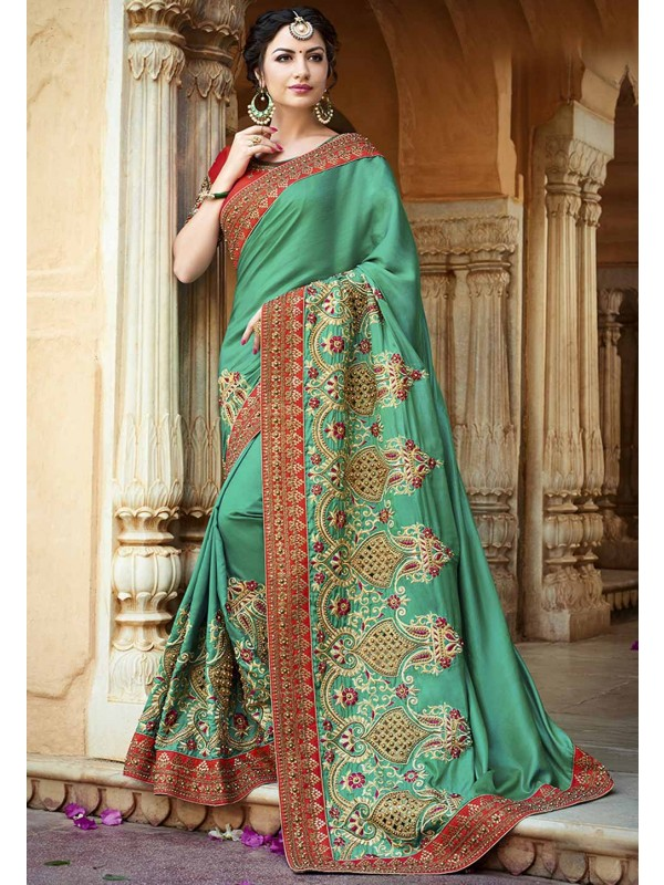 Classic Looking Green Color & Silk,Chiffon Saree