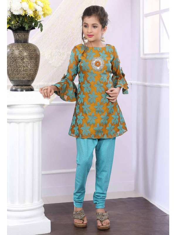 Green Colour Girl's Salwar Kameez.